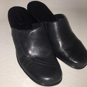 Clarks bendables leather shoes clogs black 7